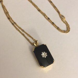 Dainty gold chain necklace w/ faux diamond square